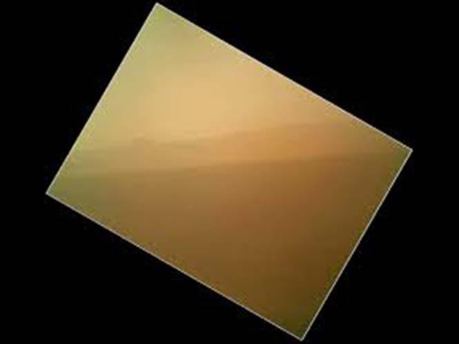 Η πρώτη έγχρωμη εικόνα από τον πλανήτη Άρη