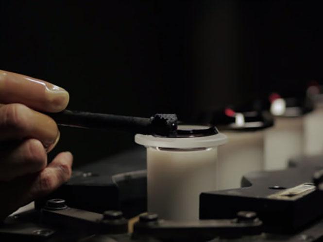 Πως κατασκευάζονται οι φακοί στην Sigma; ( video)