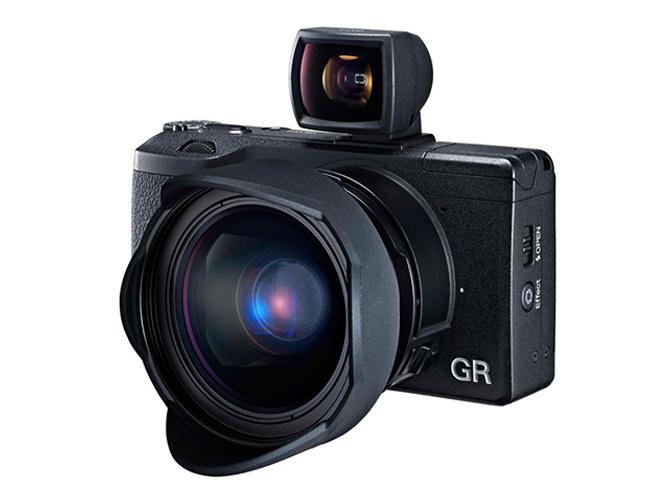 Ανακοινώθηκε επίσημα η Ricoh GR με APS-C αισθητήρα