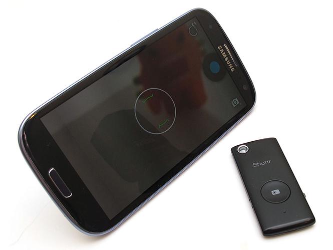 Muku Shuttr, ασύρματο ντεκλασερ για smartphones