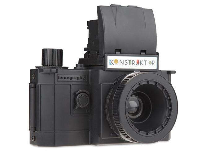Η Lomography παρουσιάζει την Konstruktor, την πρώτη συναρμολογούμενη φωτογραφική SLR μηχανή