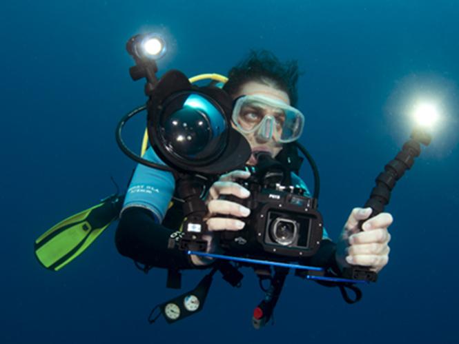 Fantasea  FG16 underwater housing
