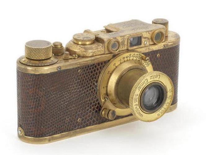 Leica Luxus II