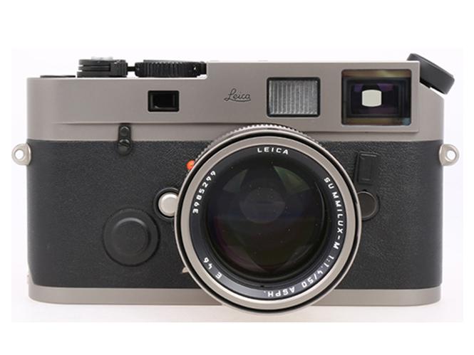 Leica-M7-Handmade-titanium-camera-Prototype-Serial-no.-NA-2002