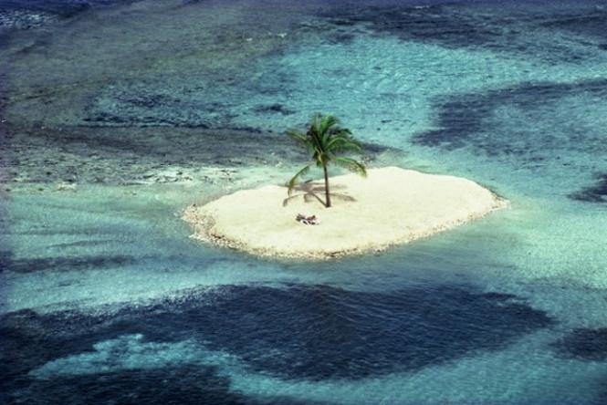 Patrick Lichfield's Caribbean 4
