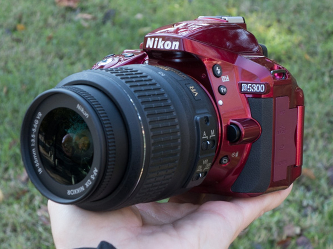 Nikon D5300 (Hands On video)