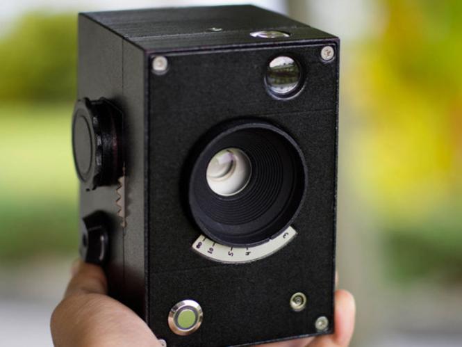 Kevin-Kadooka-Lux-Camera-2