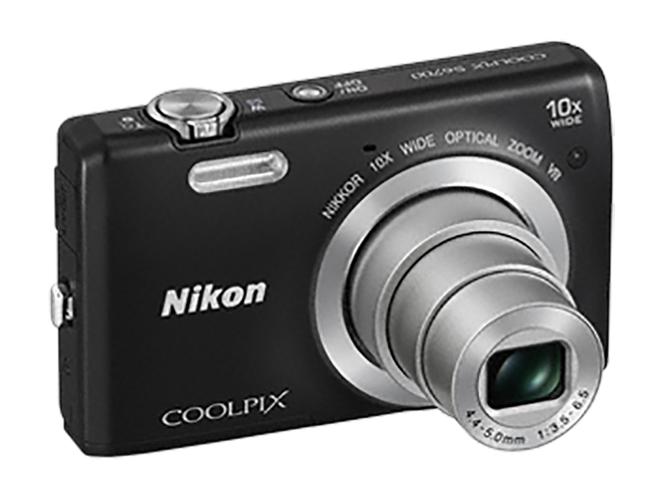 Η Nikon δεν θα εγκαταλείψει την αγορά των compact μηχανών