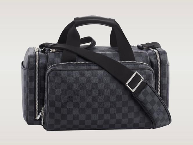 Τσάντα για φωτογραφικές μηχανές από τη Luis Vuitton, αξίας 3500 δολαρίων