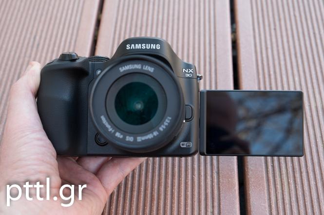 Samsung NX-30
