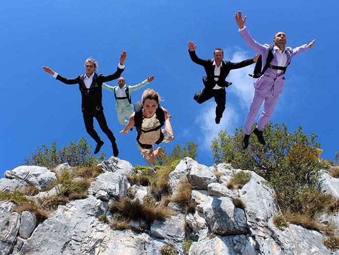 Φωτογράφιση μόδας και BASE Jumping;