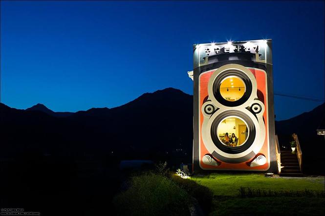 camera-house-3