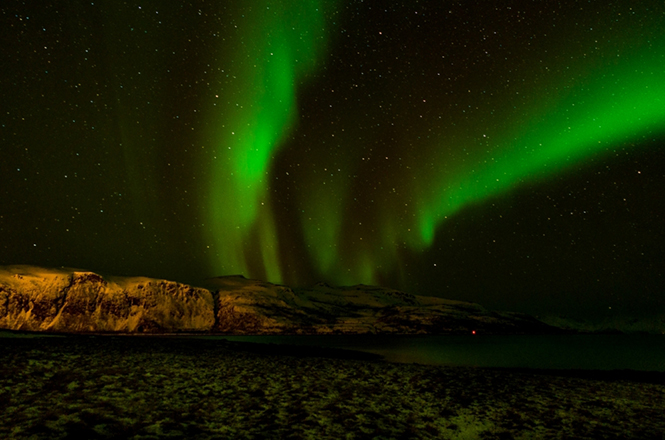 lfi_big_The_Northern_Lights_(9)_Luna