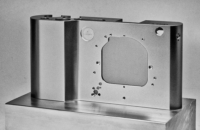 Leica-T-type-701-3