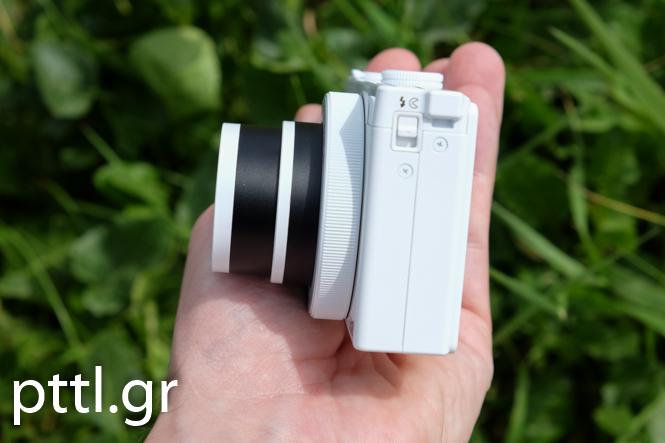 Nikon-P340-011