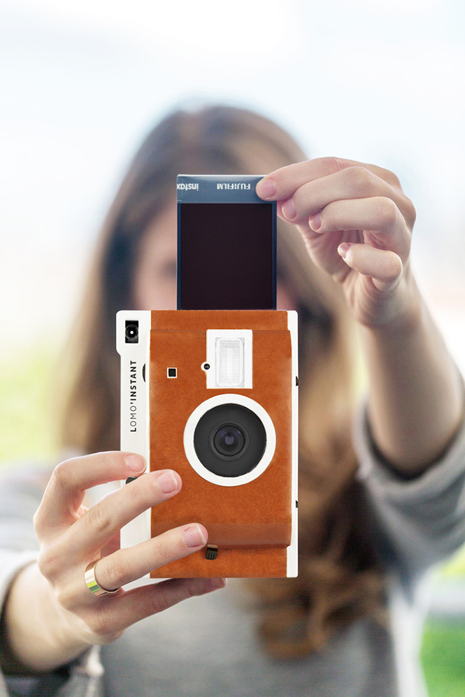 Lomo'Instant-Camera-1