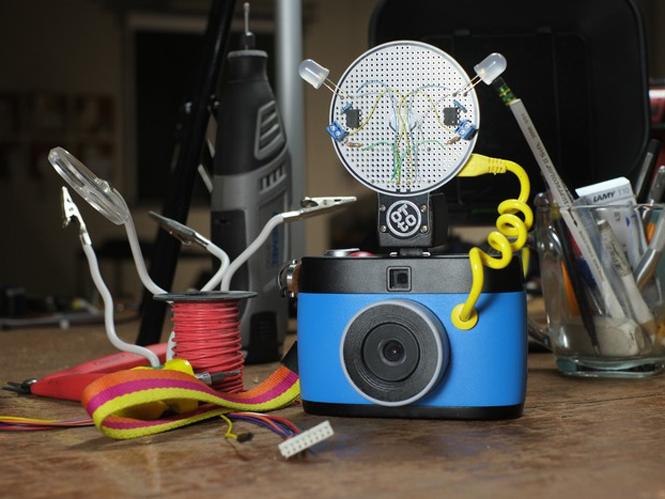 OTTO, η πρώτη φωτογραφική μηχανή που τραβάει GIF εικόνες