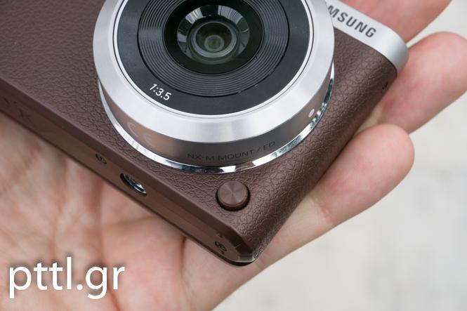 Samsung NX mini