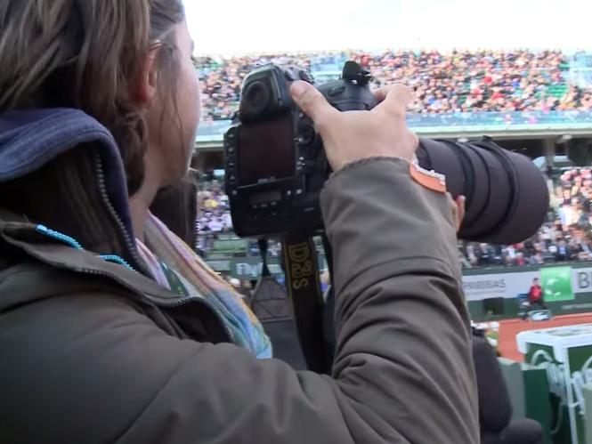 Ακολουθούμε την φωτογράφο Corinne Dubreuil στο Roland Garros
