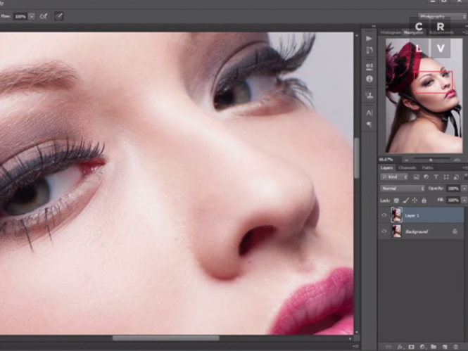 Δύο απλοί τρόποι για να αλλάξετε το χρώμα των ματιών σε ένα πορτρέτο