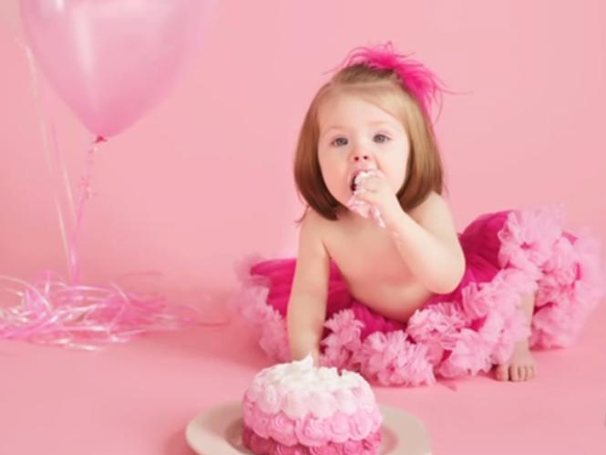 Συμβουλές για να φωτογραφίσετε τα πρώτα γενέθλια του μωρού σας