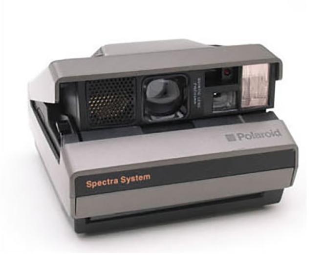 """Επανακυκλοφορεί ασπρόμαυρο film για την Polaroid Spectra από την """"The Impossible Project"""""""