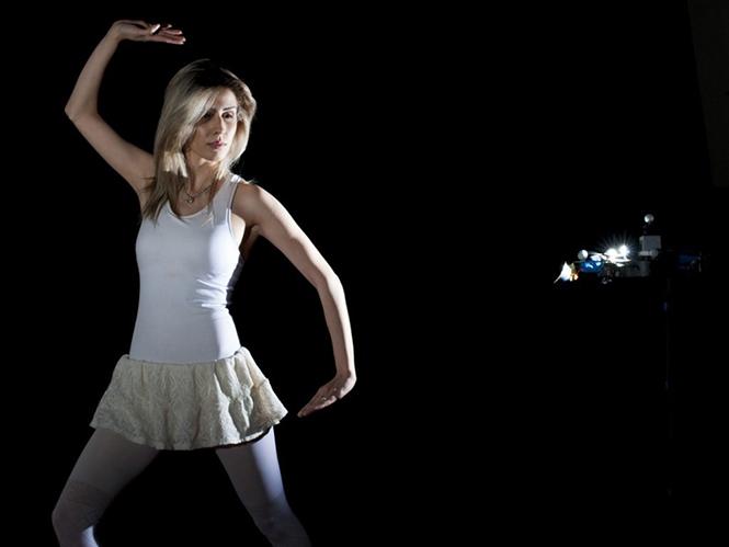 Έρχονται τα drone-βοηθοί φωτογράφου που θα αναλαμβάνουν τον έλεγχο του φωτισμού