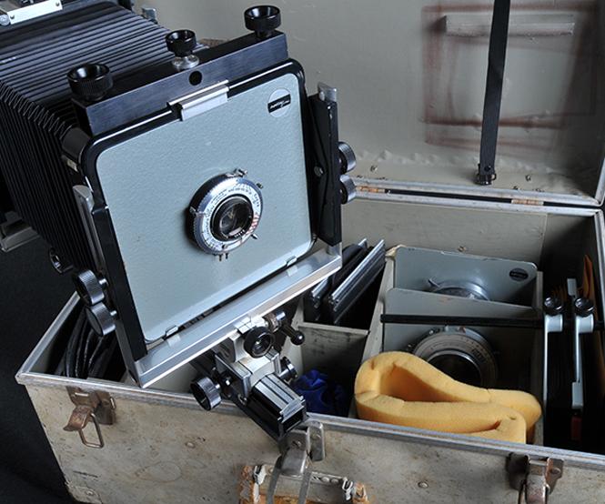 Σε δημοπρασία βγαίνει μία από τις φωτογραφικές μηχανές του Ansel Adams