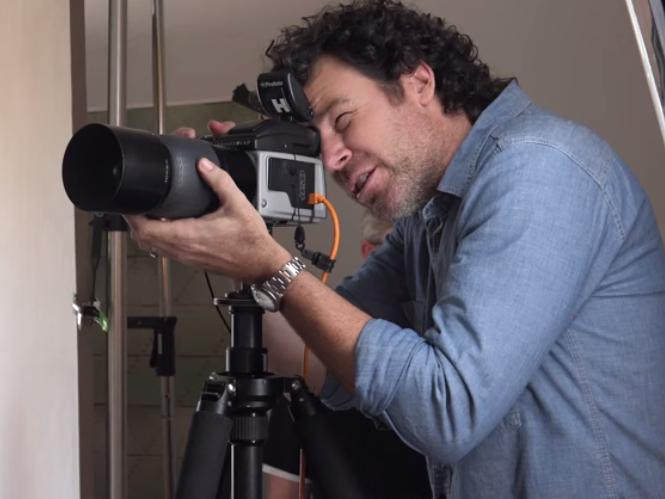 Ο Peter Hurley μας δίνει τις συμβουλές του για φωτογραφίες προσώπου που ξεχωρίζουν