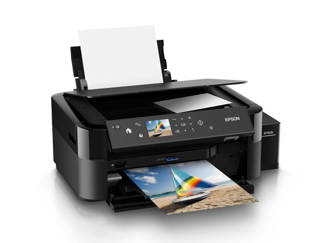 Η Epson παρουσιάζει δύο φωτογραφικούς εκτυπωτές A4 χαμηλού κόστους για επαγγελματίες φωτογράφους