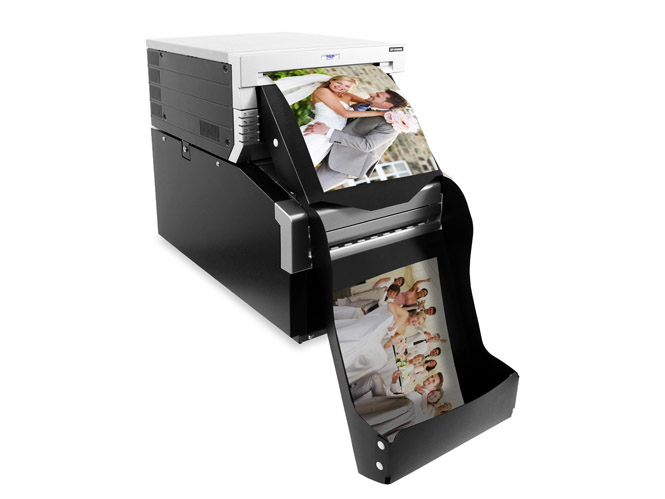 Ξεκίνησε στην Ελλάδα η διάθεση του επαγγελματικού εκτυπωτή διπλής όψης DNP DS-80DX