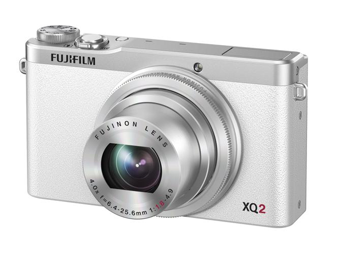 Fujifilm-XQ2-1