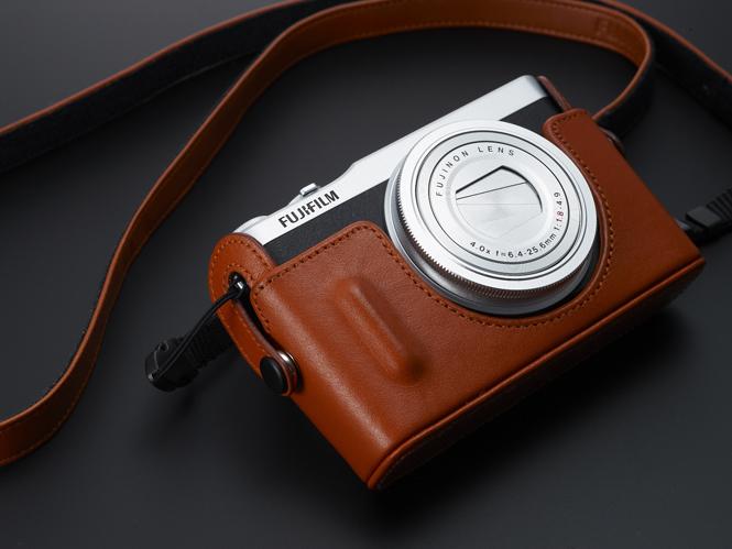 Fujifilm-XQ2-3