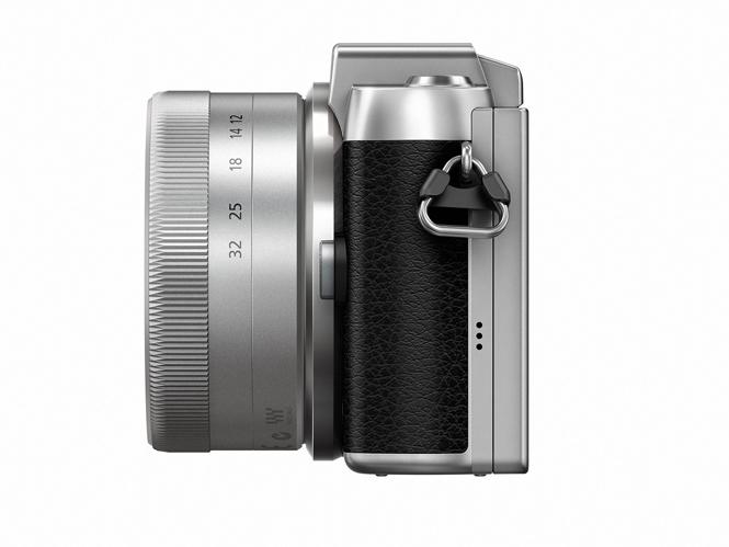 Panasonic-Lumix-GF7-2