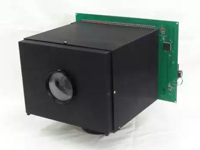 Αυτή είναι η πρώτη videocamera που δεν χρειάζεται μπαταρία
