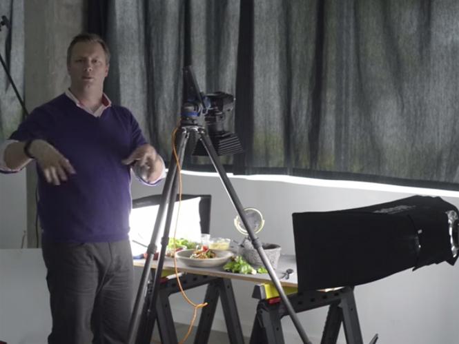 Δείτε πως να στήσετε και να φωτογραφίσετε φαγητό με επιτυχία