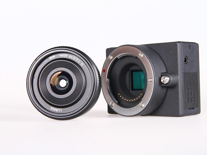 Η E1 είναι η μικρότερη κάμερα που μπορεί να τραβήξει βίντεο ανάλυσης 4Κ