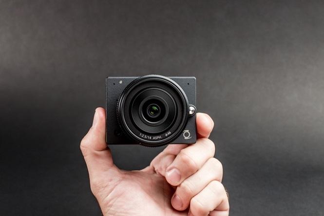 e1 camera-2
