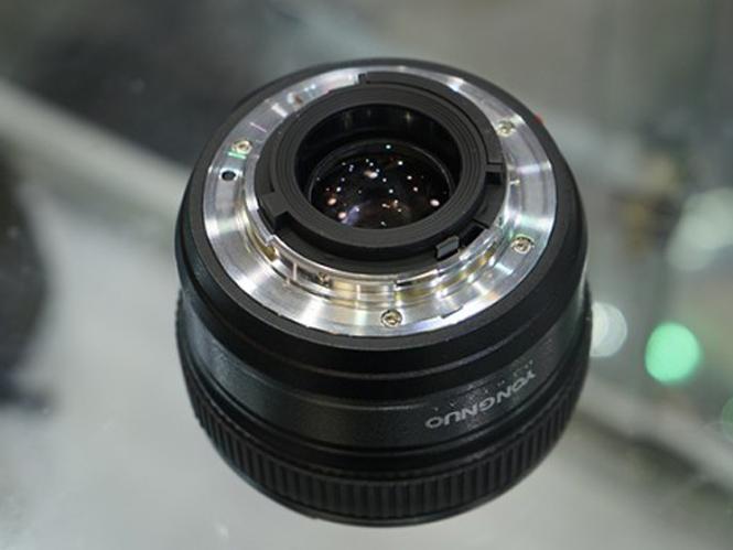 yongnuo-50mm-nikon-5
