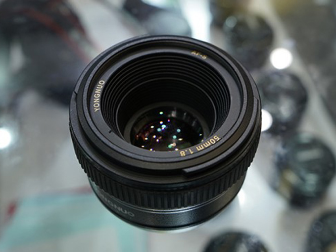 yongnuo-50mm-nikon-6