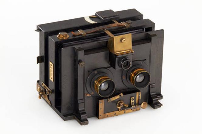 Goldmann Universal Stereo Camera