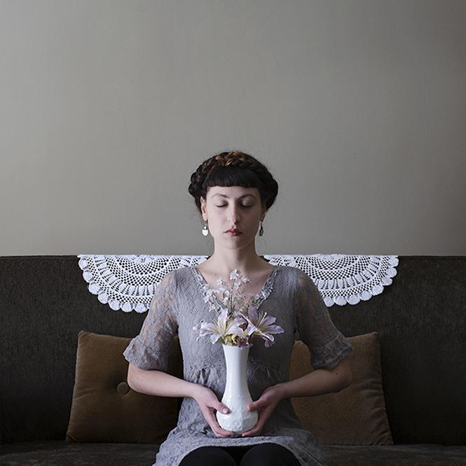 Kατερίνα Τσακίρη, Family Affair