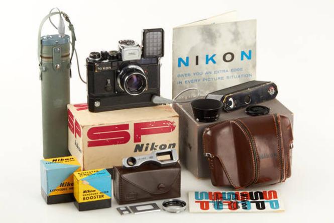 Nikon SP black