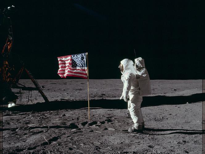 Project Apollo Archive: στο Flickr χιλιάδες φωτογραφίες από τις αποστολές Apollo στο φεγγάρι