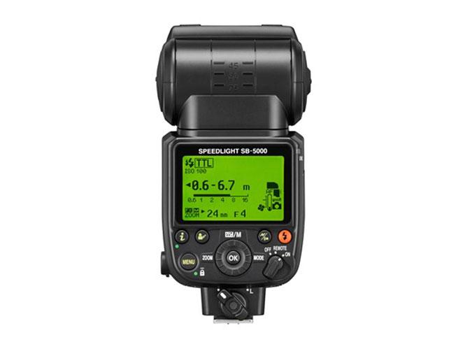 Nikon-Speedlight-SB-5000-1
