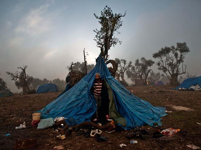 Πρόσφυγες, έκθεση φωτογραφίας της Φωτογραφικής Εταιρείας Μυτιλήνης