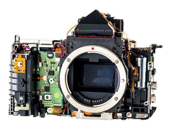 FixYourCamera, δείτε αποσυναρμολογημένες μηχανές και φακούς