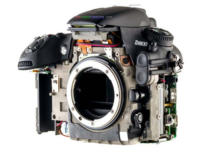 FIXYOURCAMERA-ORG-Teardown-Review-Nikon-D800-022-Disassembly