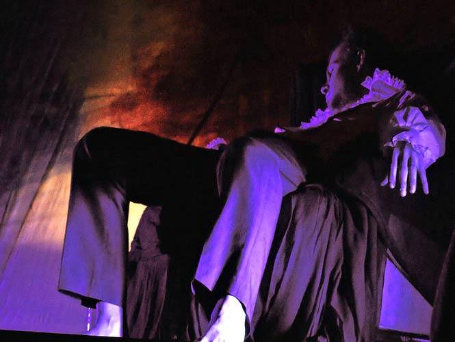Έκθεση φωτογραφίας nevermore στη λέσχη του f14-κοινόν φωτογράφων