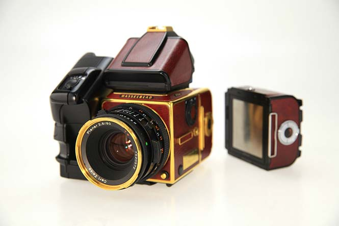 Hasselblad-Gold-Supreme-503CW-7